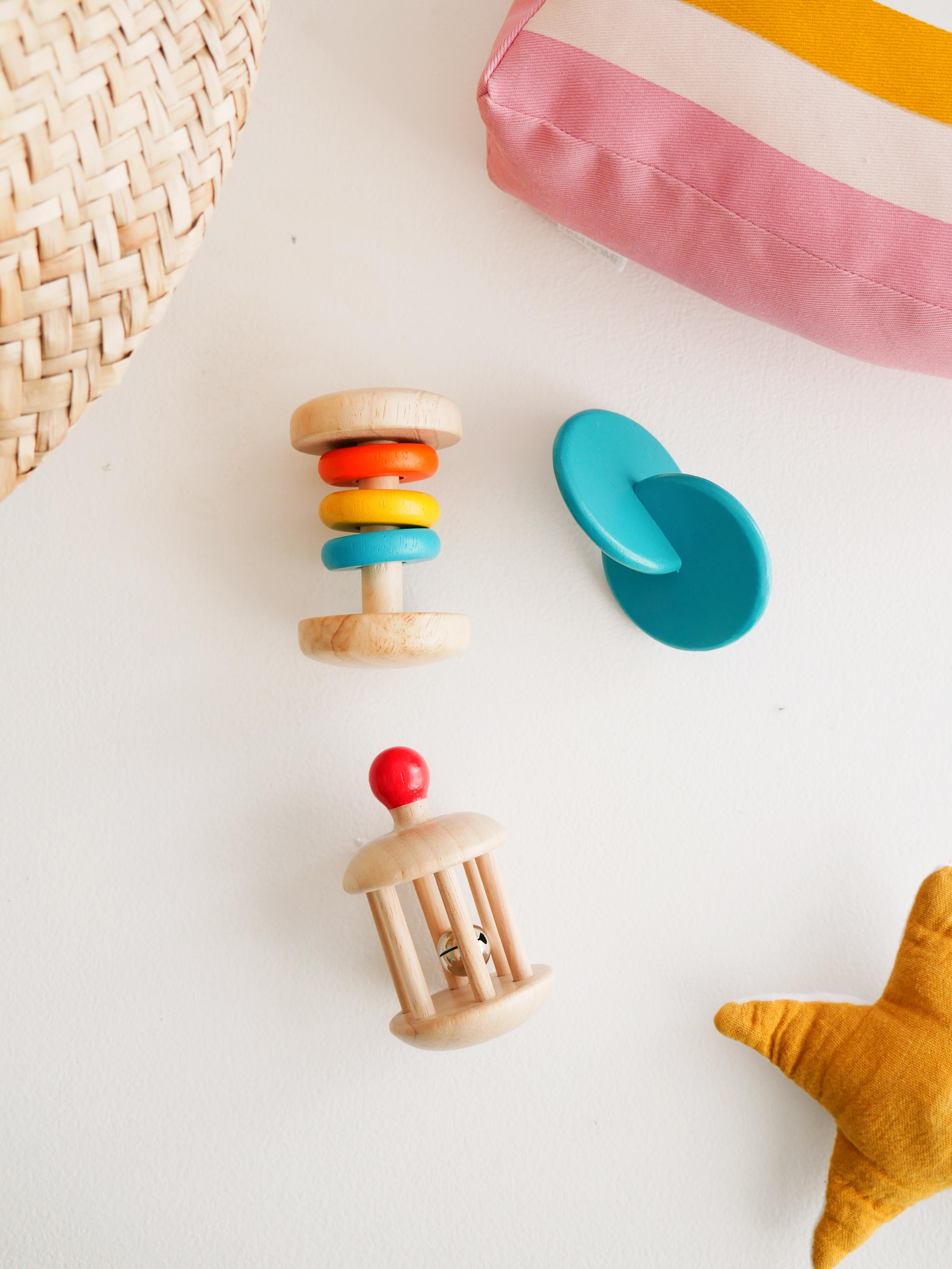 Mômes – Ses premiers jouets